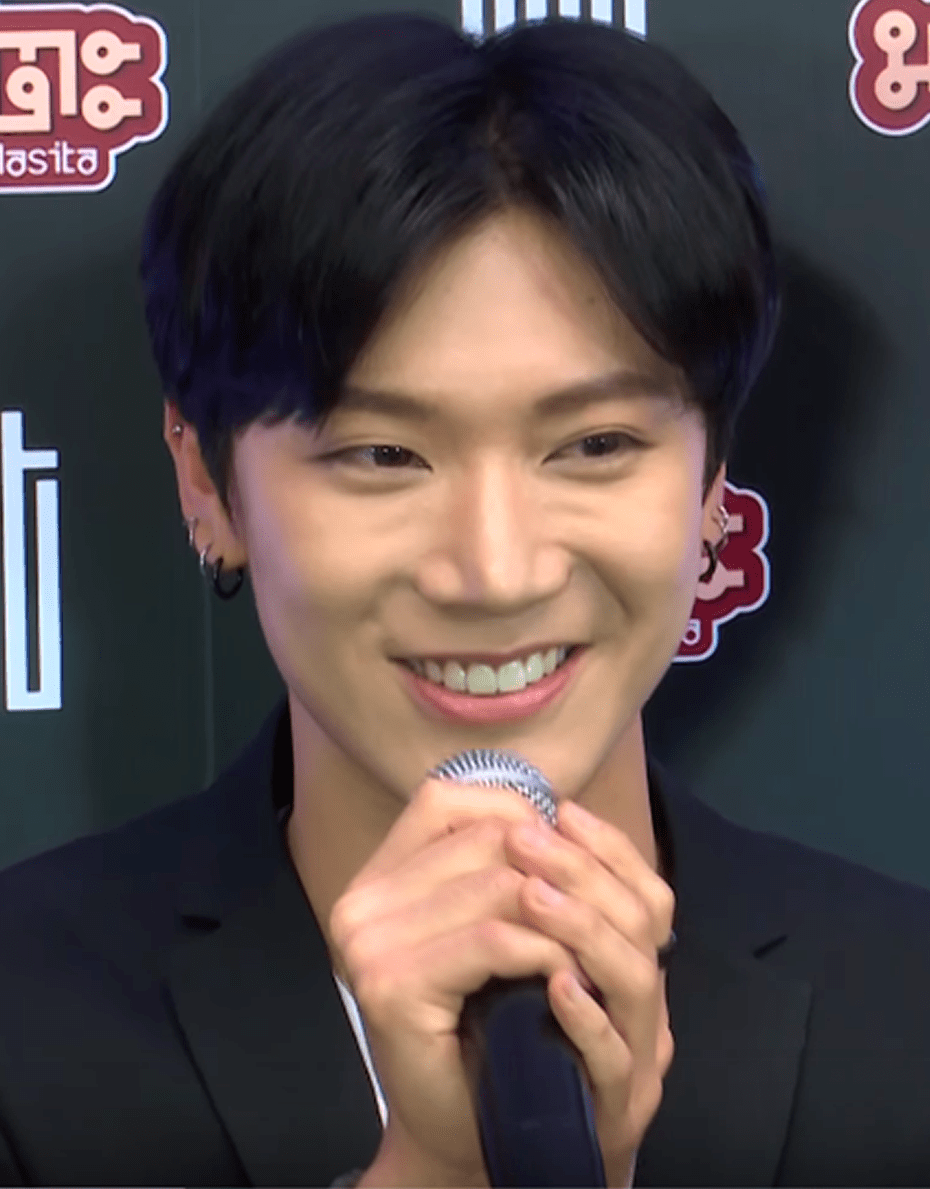 K-POP Male BEST DANCER Poll Winner Announcement - Kimchislap com