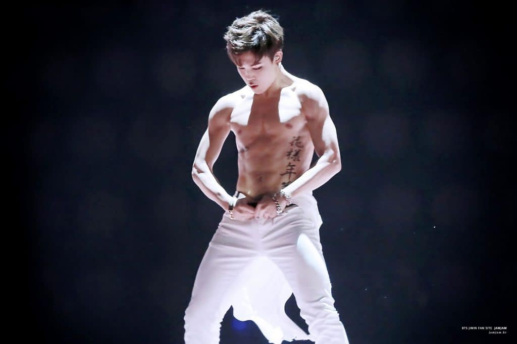 Hot Kpop Idols With Abs That Will Make Your Heart