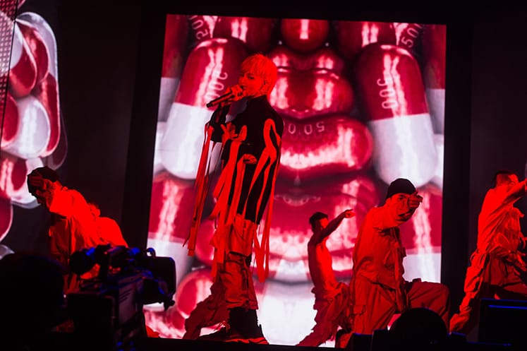 G-DRAGON Europe Tour Act III M.O.T.T.E